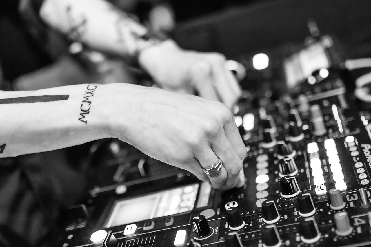 La tecnologia rivoluziona il settore musicale